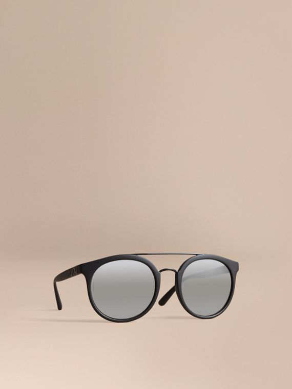 Top Bar Round Frame Sunglasses in Black - Men | Burberry Singapore