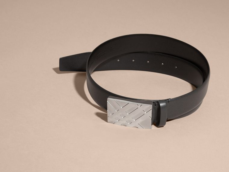 Embossed Check Detail London Leather Belt - cell image 2