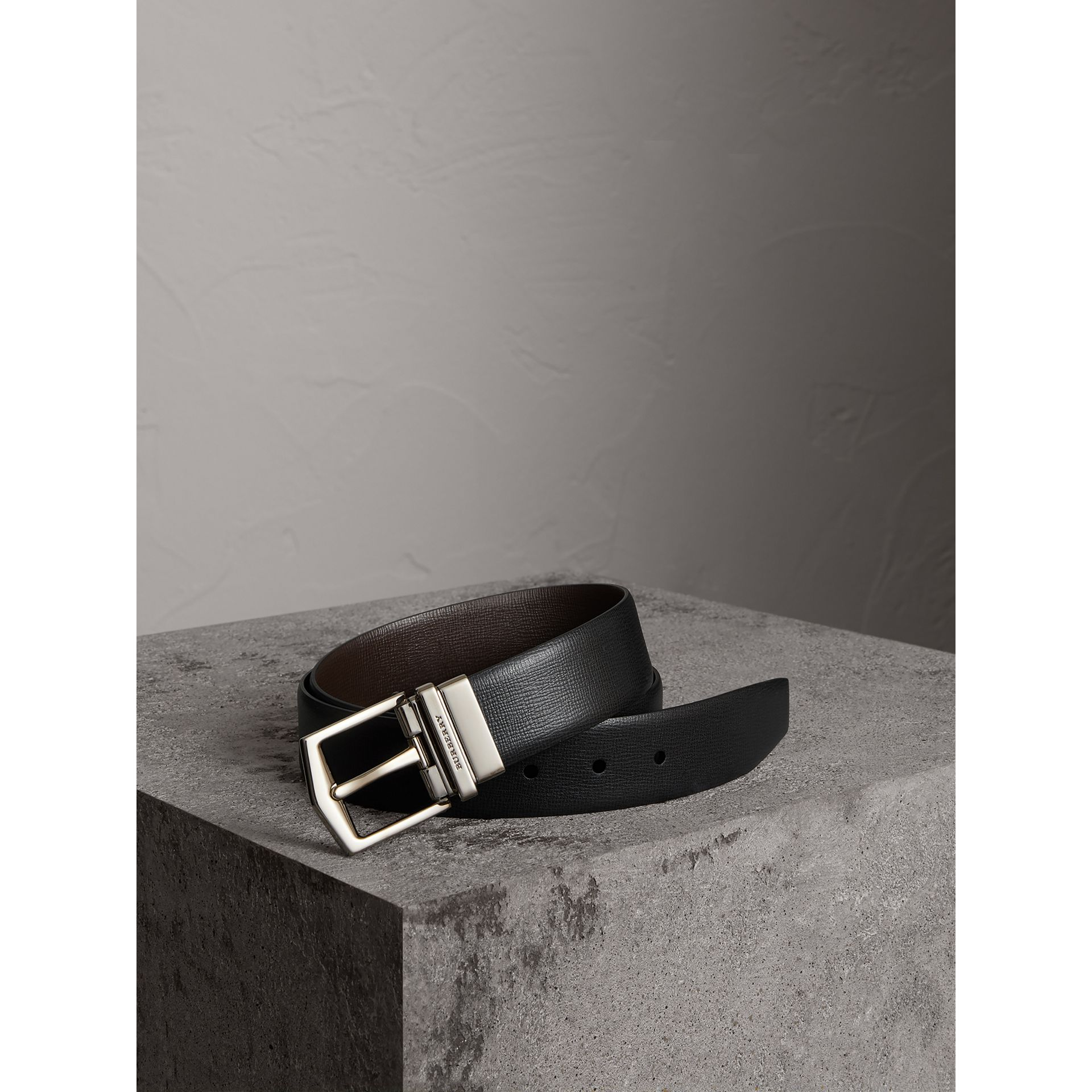 Reversible London Leather Belt in Black/chocolate - Men | Burberry Canada - gallery image 0
