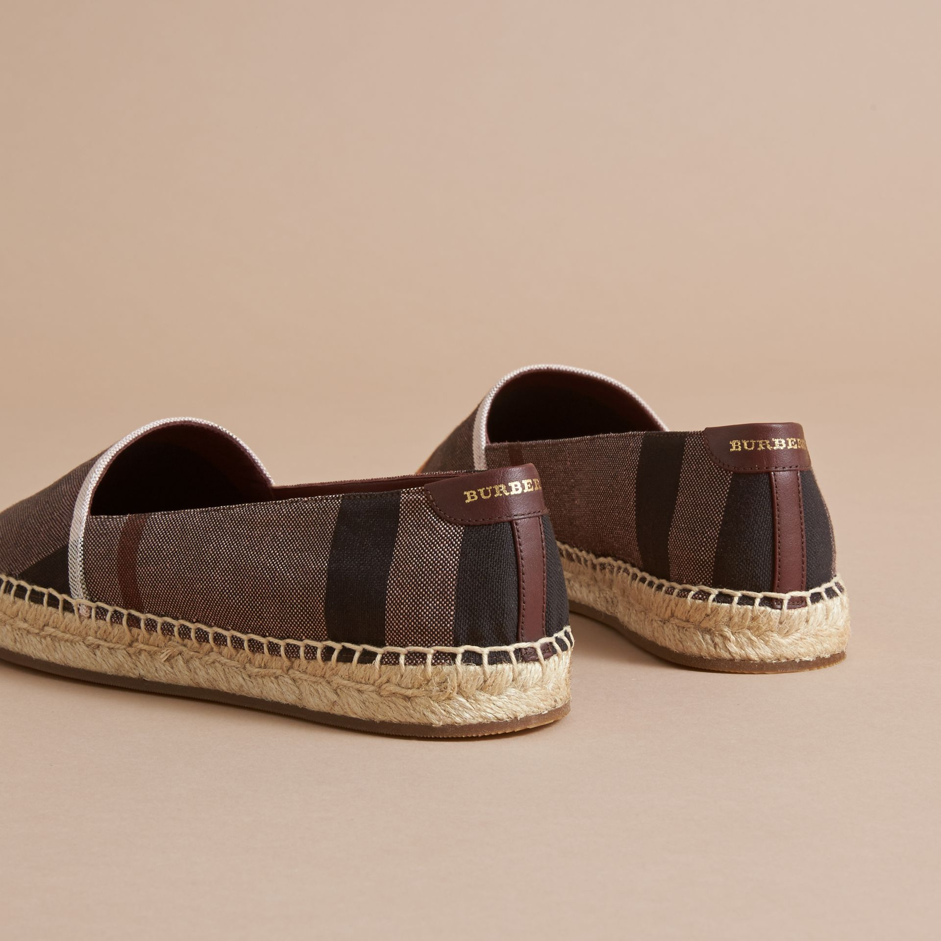 Check Linen Cotton Espadrilles in Cerise Purple - Women | Burberry United Kingdom - gallery image 3