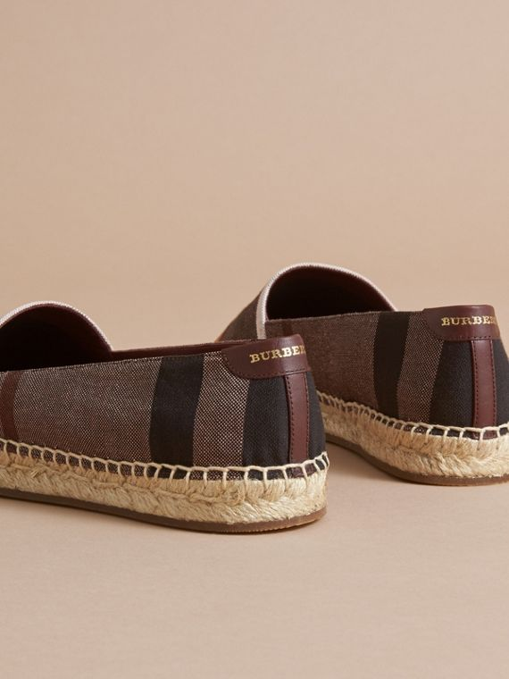 Check Linen Cotton Espadrilles in Cerise Purple - Women | Burberry Singapore - cell image 3