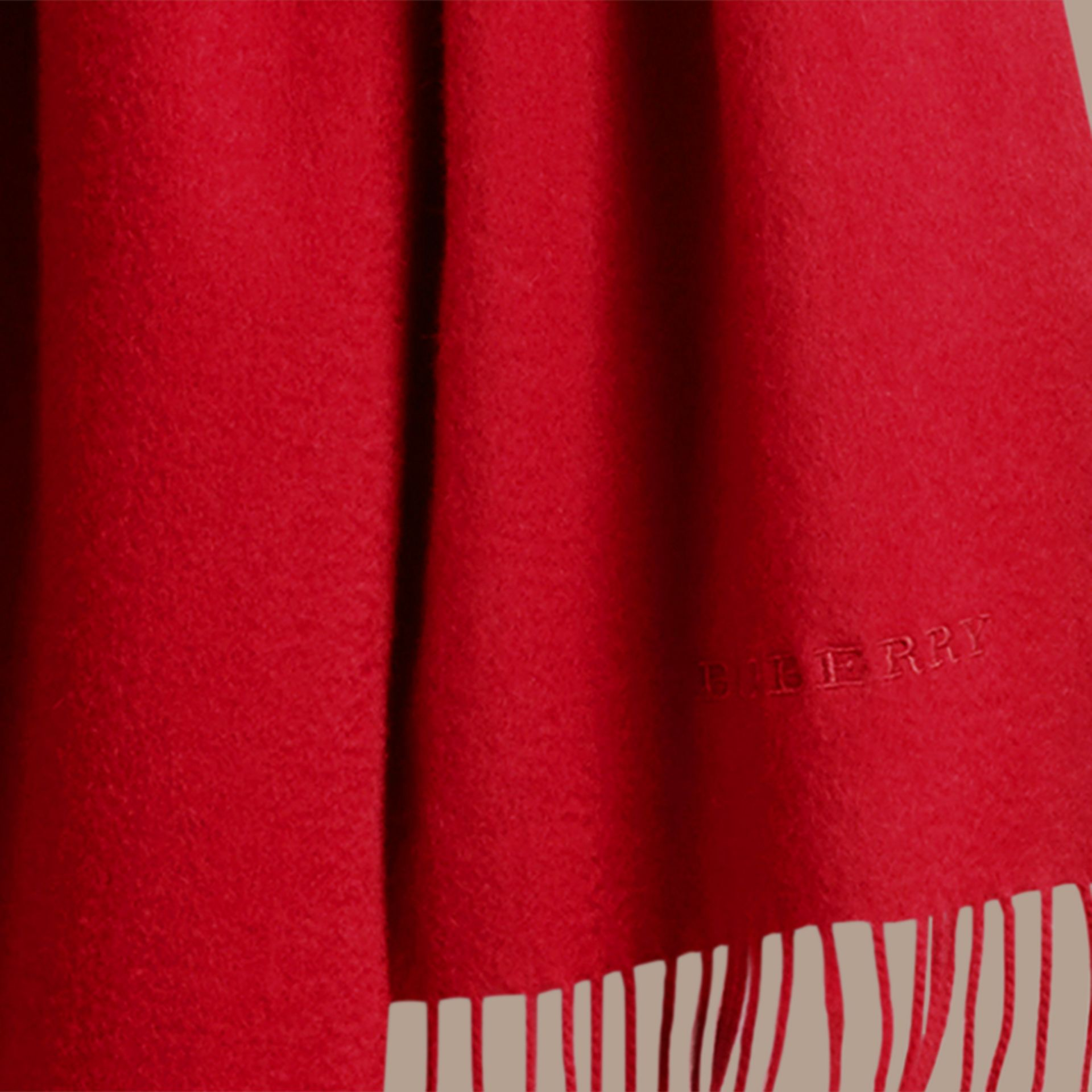 The Classic Cashmere Scarf in Parade Red | Burberry Canada - gallery image 5