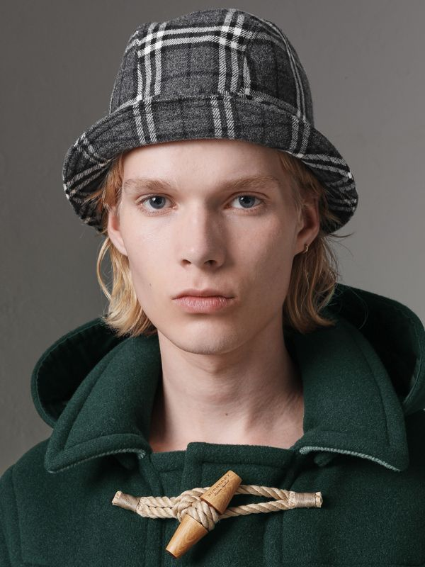Gosha x Burberry Check Flannel Bucket Hat in Charcoal | Burberry - cell image 3