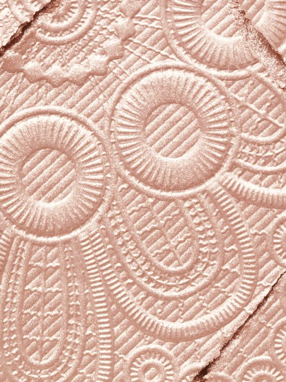 Fresh Glow Highlighter – Rose Gold No.04 - Women | Burberry United Kingdom - cell image 1