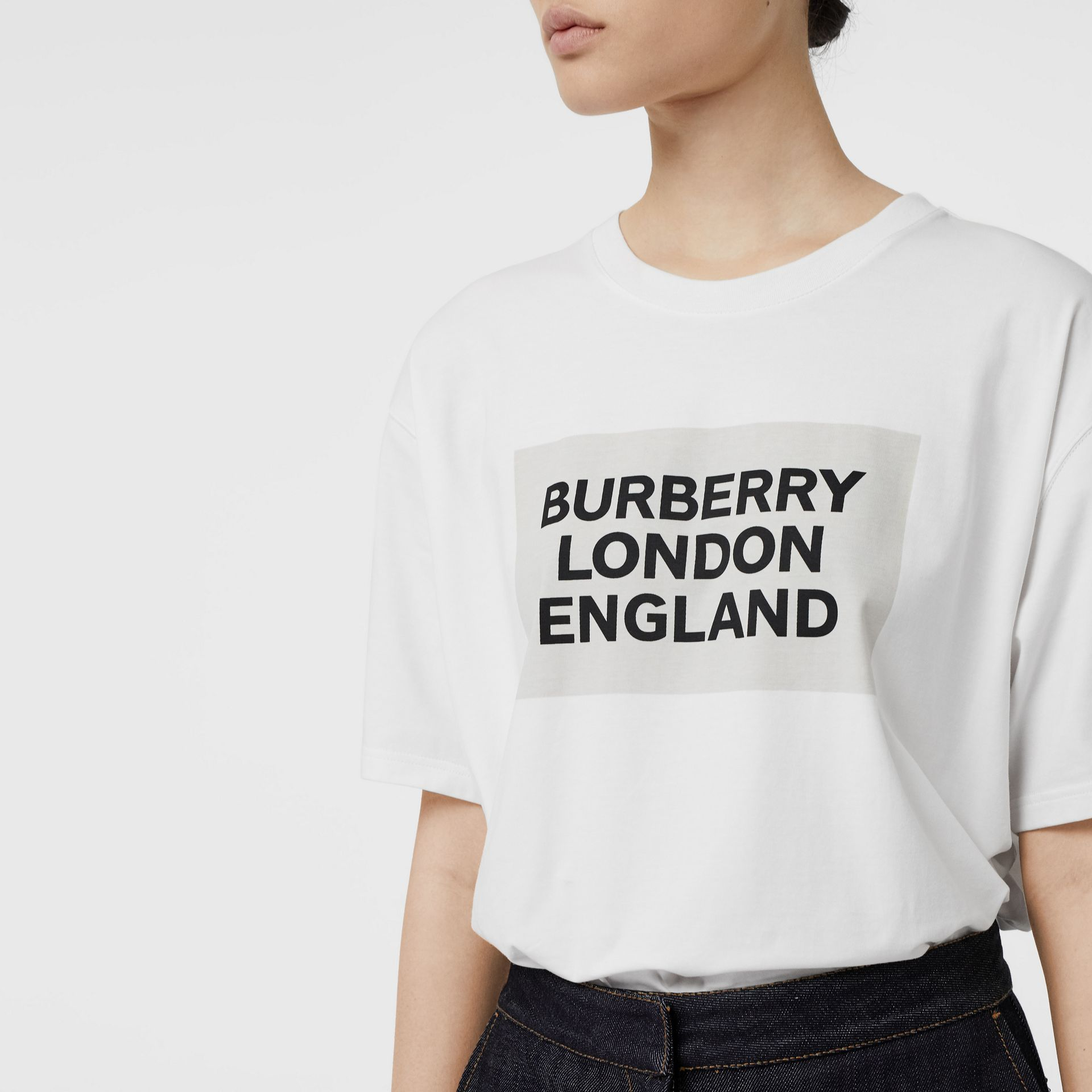 Logo Print Stretch Cotton Oversized T-shirt in Optic White - Women | Burberry - gallery image 1