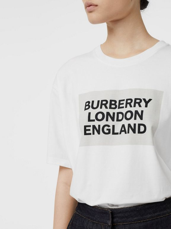 Logo Print Stretch Cotton Oversized T-shirt in Optic White - Women | Burberry United Kingdom - cell image 1