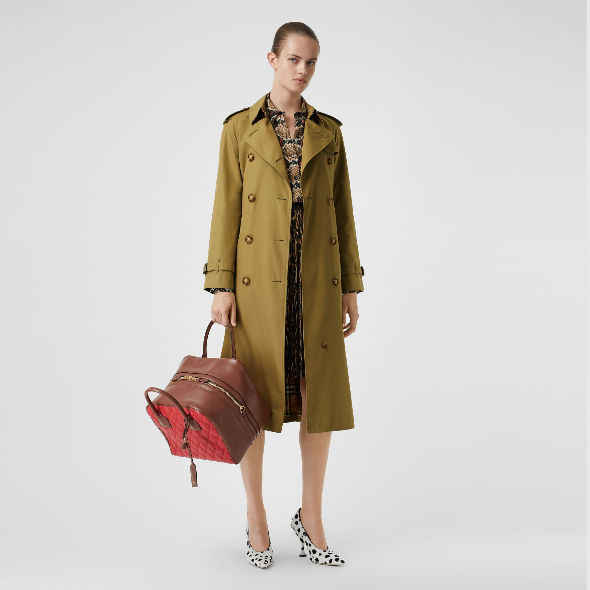 The Waterloo Trench Coat in Rich Olive - Women | Burberry United Kingdom - gallery image 6