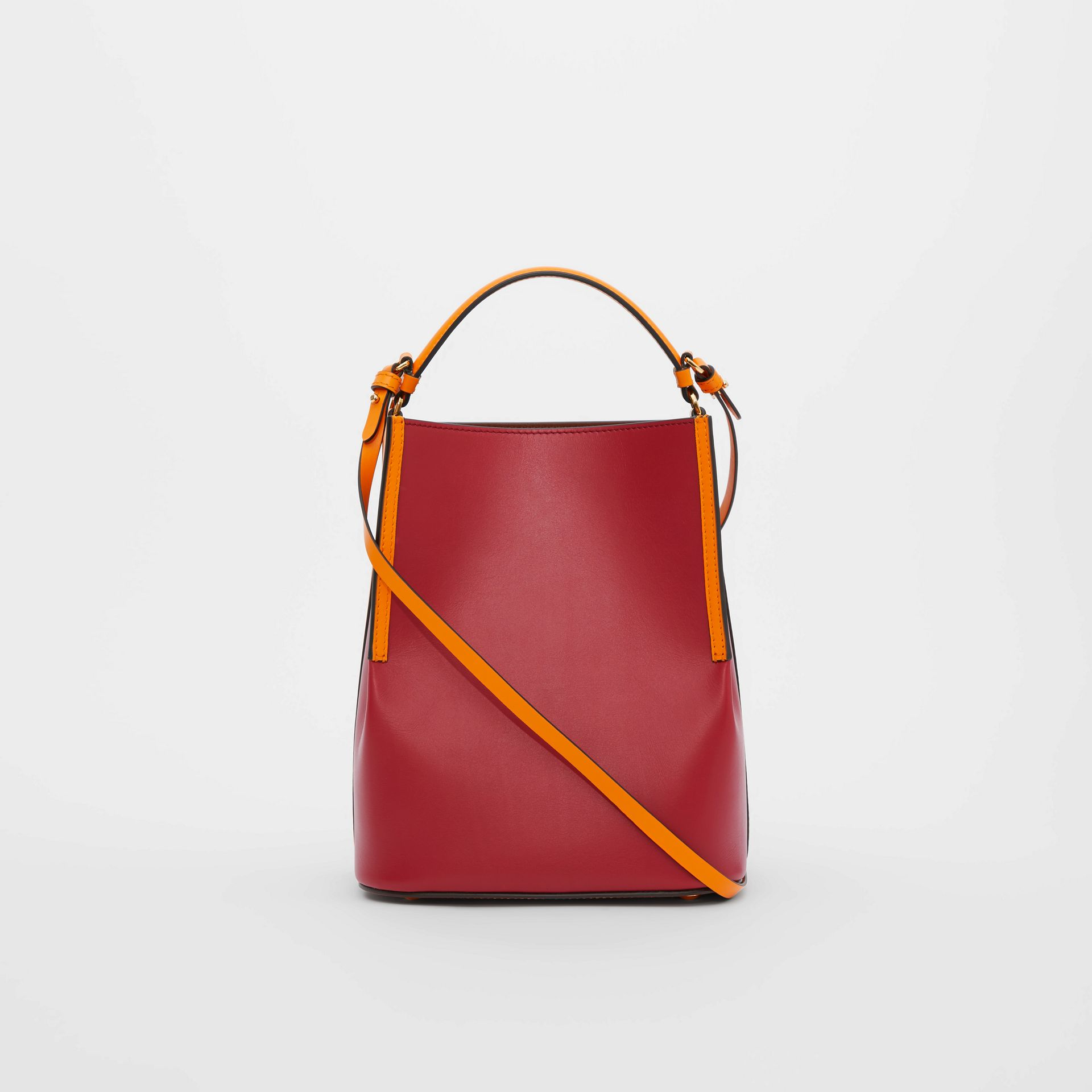 Small Two-tone Leather Peggy Bucket Bag in Crimson - Women | Burberry Australia - gallery image 4