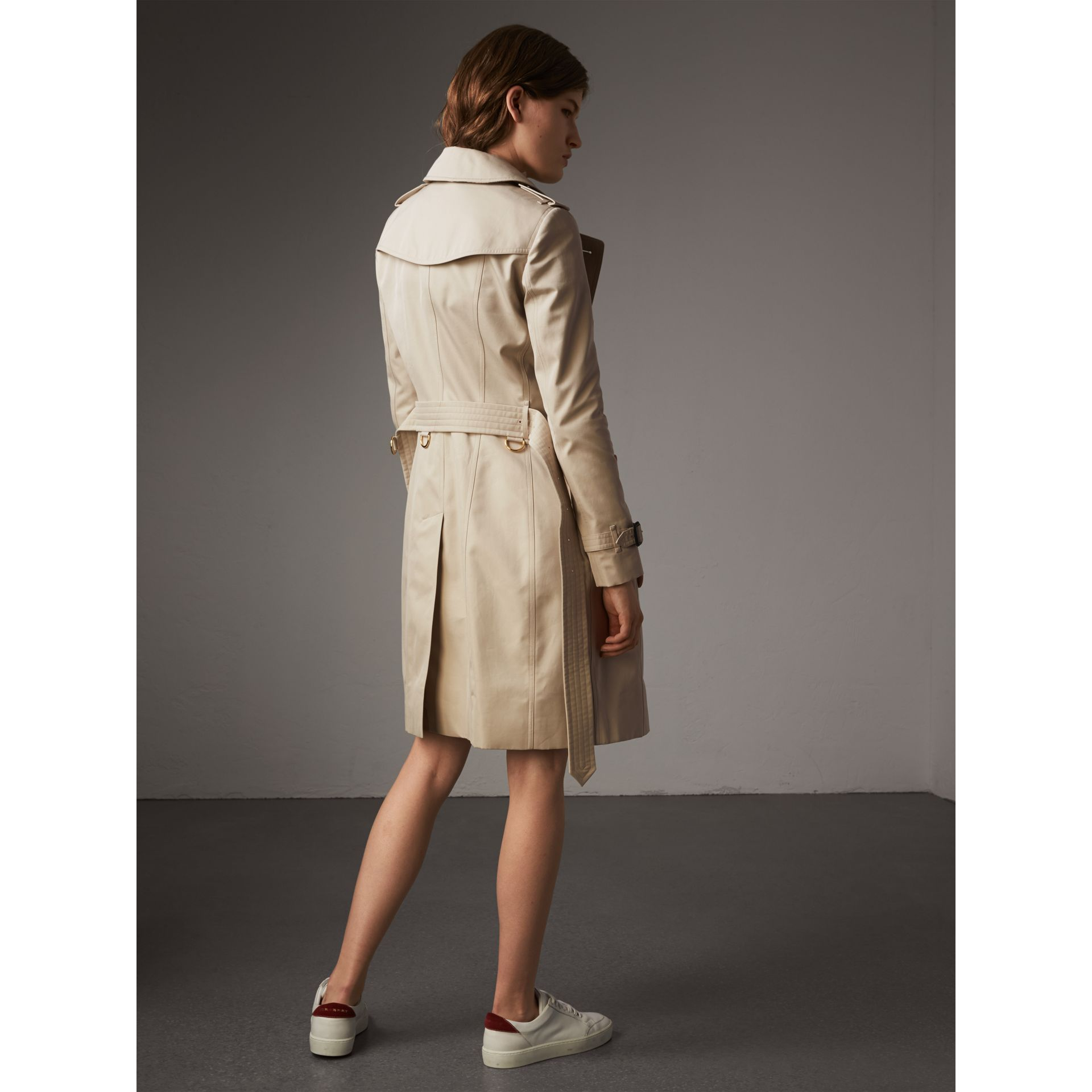 Resin Button Cotton Gabardine Trench Coat in Stone - Women | Burberry - gallery image 3