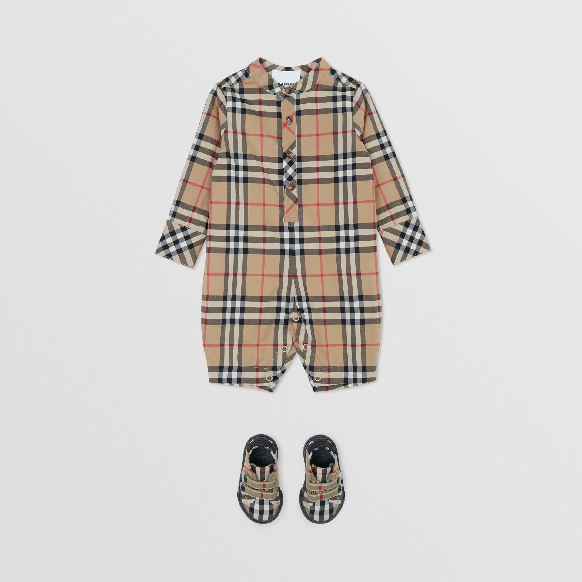 Vintage Check Cotton Jumpsuit in Archive Beige - Children | Burberry United Kingdom - gallery image 2