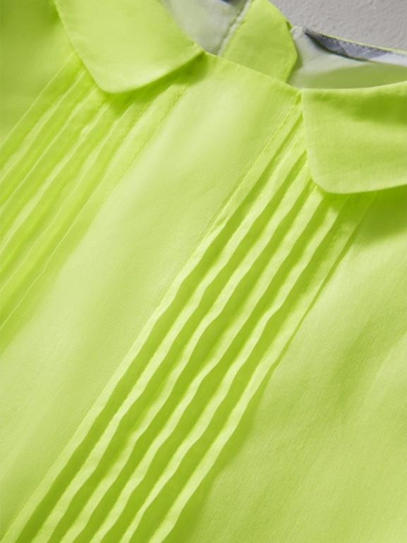 Vestitino in voile di cotone con plissettatura (Giallo Neon) | Burberry - cell image 1