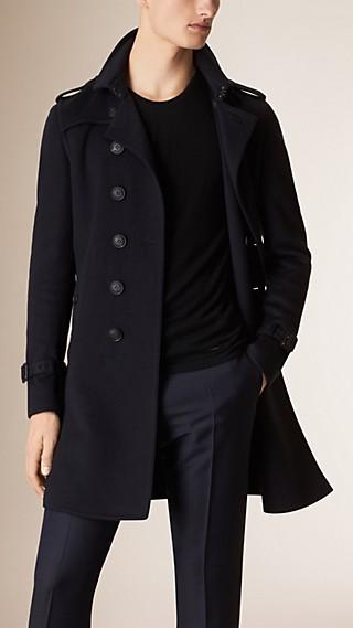 Trench coat en cachemir y lana con ribete en piel