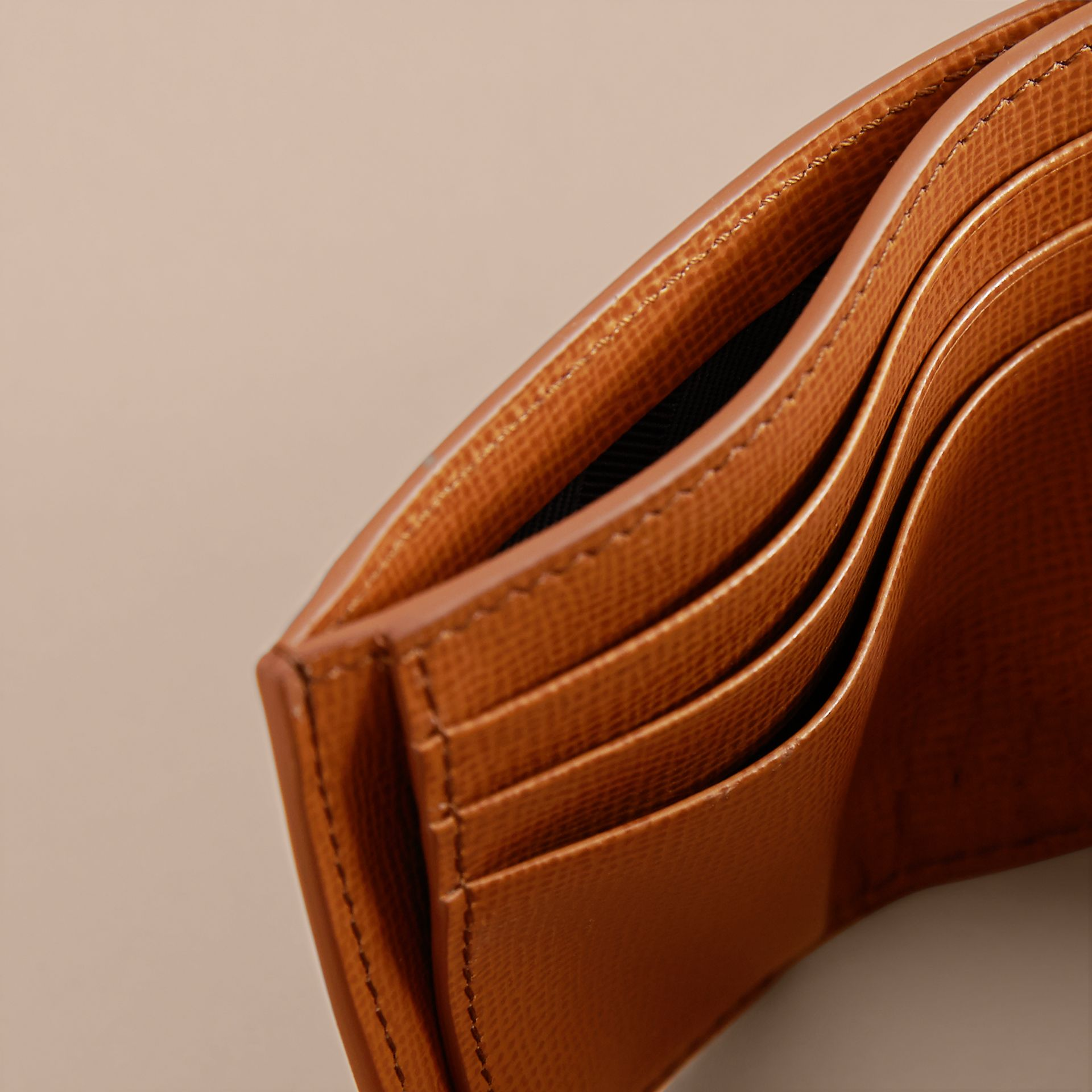 London Leather Money Clip Card Case in Tan - Men | Burberry United Kingdom - gallery image 4