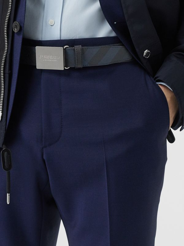 Plaque Buckle London Check and Leather Belt in Navy/black - Men | Burberry Canada - cell image 2