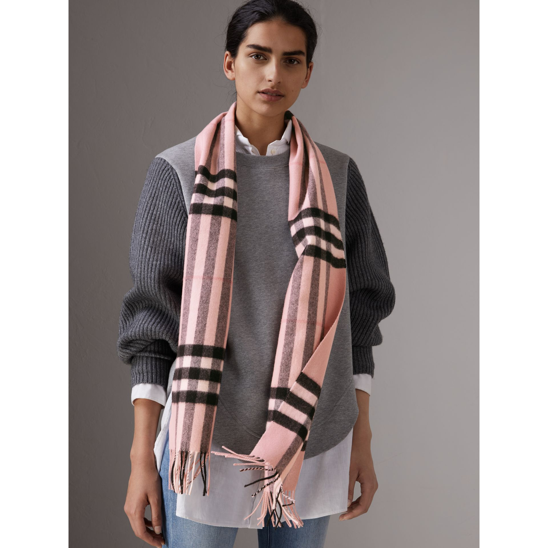 The Classic Check Cashmere Scarf in Ash Rose | Burberry United Kingdom - gallery image 2