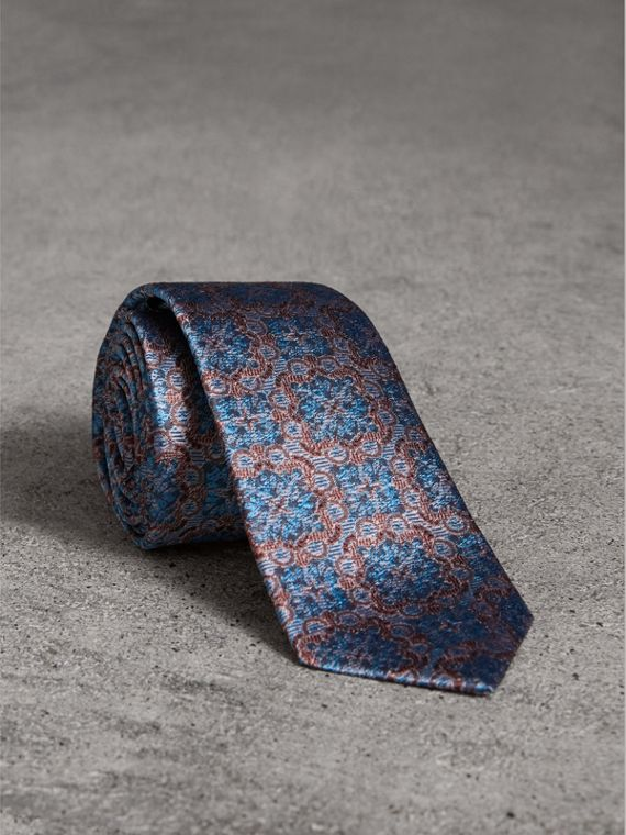 Slim Cut Silk Jacquard Tie in Hydrangea Blue