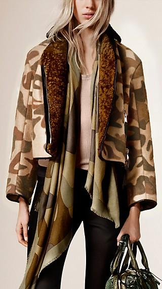 Camouflage Print Stretch Camel Blend Jacket