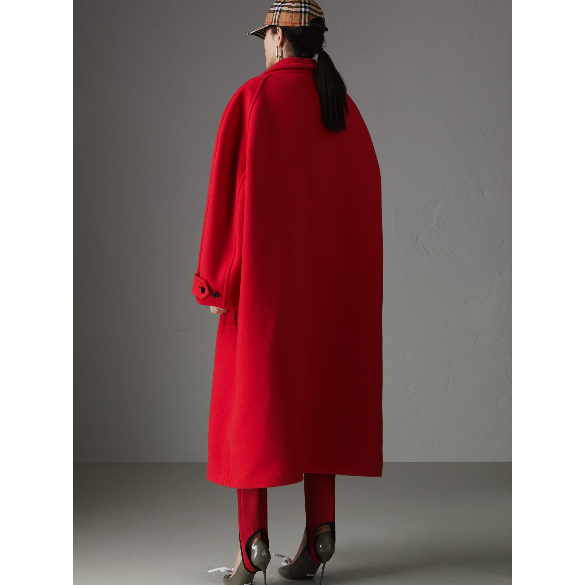 Double-faced Wool Cashmere Oversized Car Coat in Bright Red - Women | Burberry Australia - gallery image 2