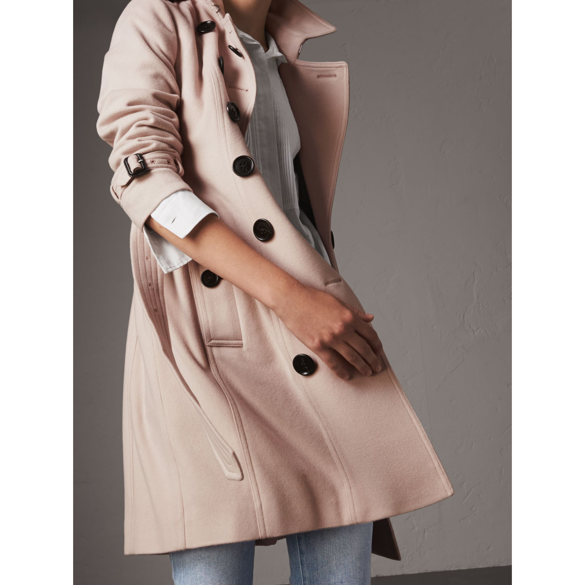 Sandringham Fit Cashmere Trench Coat in Pale Nude - Women | Burberry Australia - gallery image 2