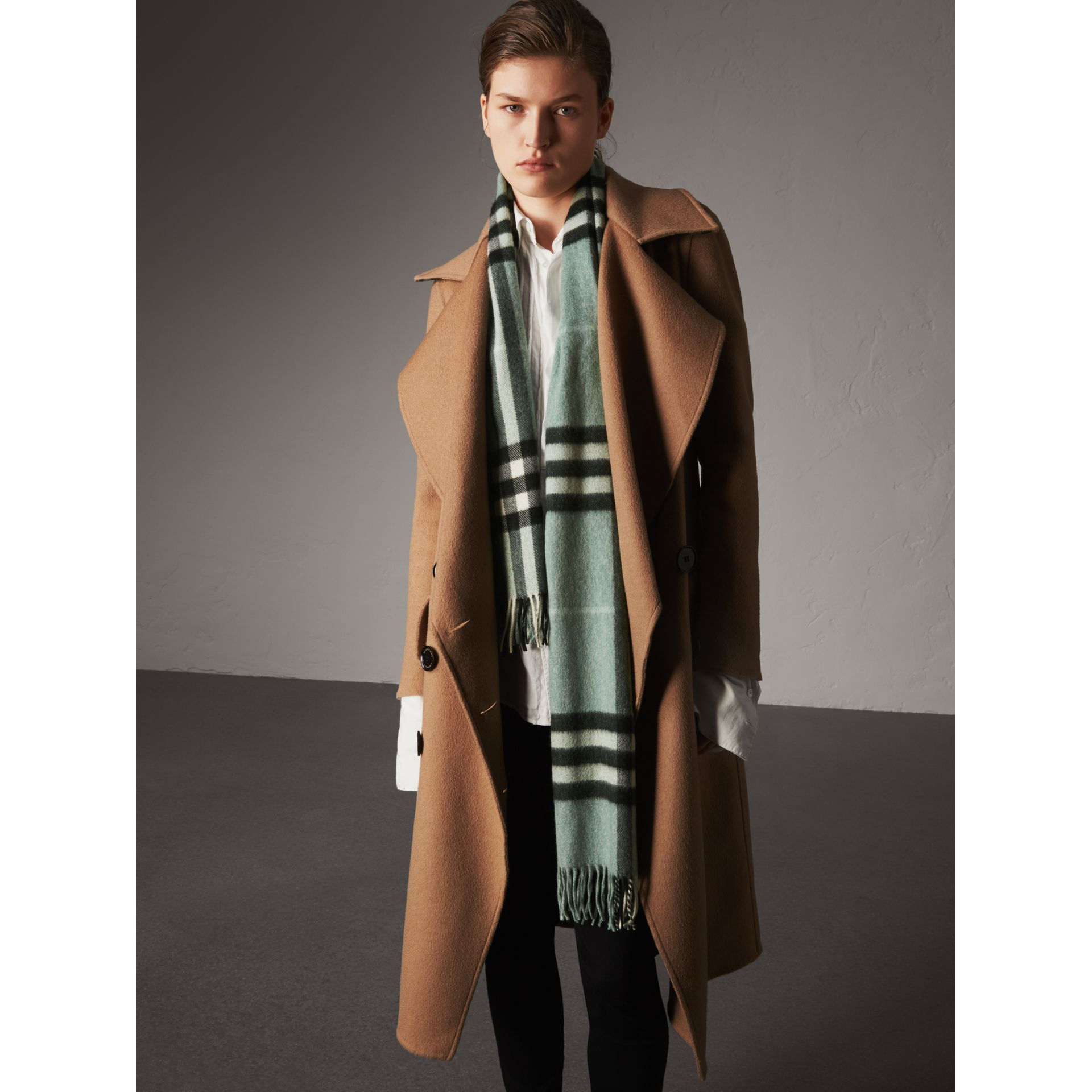 The Classic Cashmere Scarf in Check in Dusty Mint | Burberry Singapore - gallery image 3