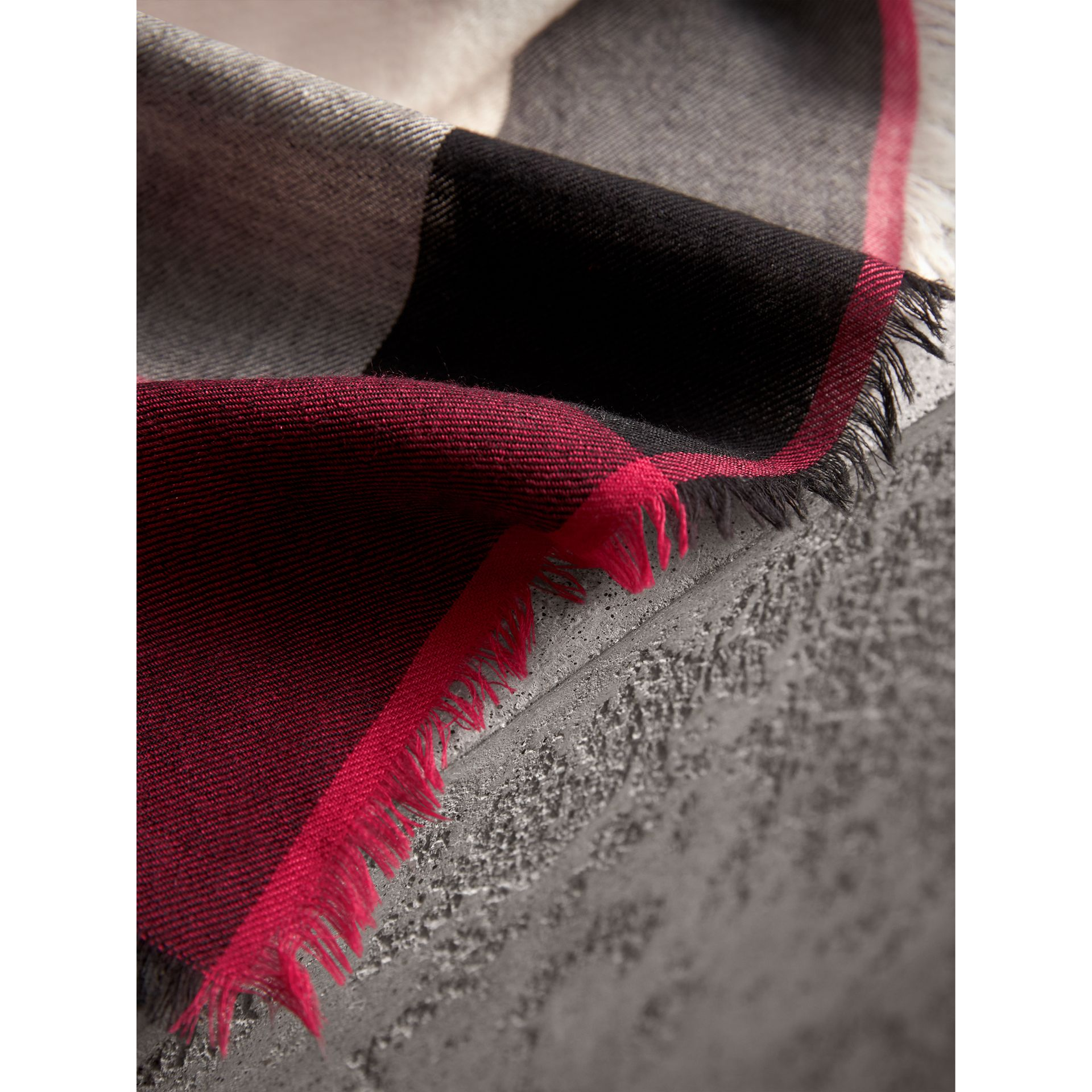 The Lightweight Cashmere Scarf in Check in Fuchsia Pink | Burberry Canada - gallery image 5