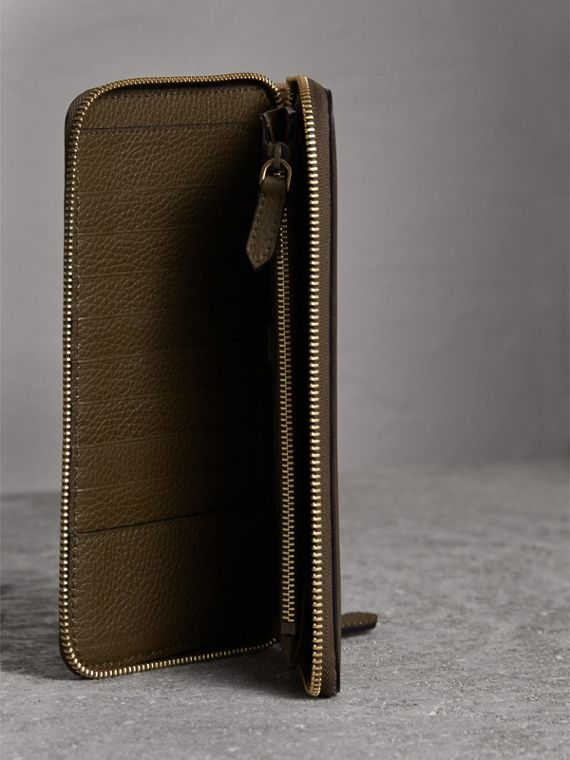 House Check and Grainy Leather Ziparound Wallet in Sage - Men | Burberry Canada - cell image 3