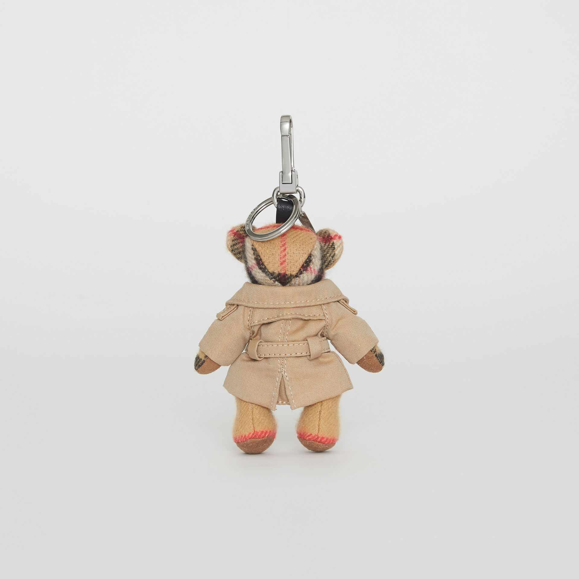 Bijou porte-clés Thomas Bear avec trench (Jaune Antique) | Burberry - photo de la galerie 4