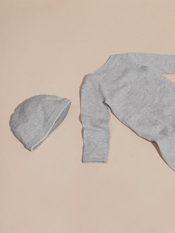 Mezcla de gris Conjunto de regalo para bebé de dos piezas en algodón - cell image 2