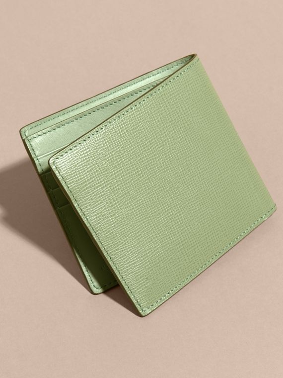 London Leather International Bifold Wallet Antique Green - cell image 3