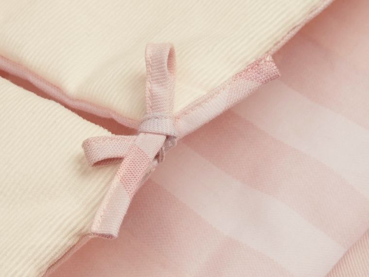 Check-Lined Baby Nest in Ice Pink | Burberry - cell image 1