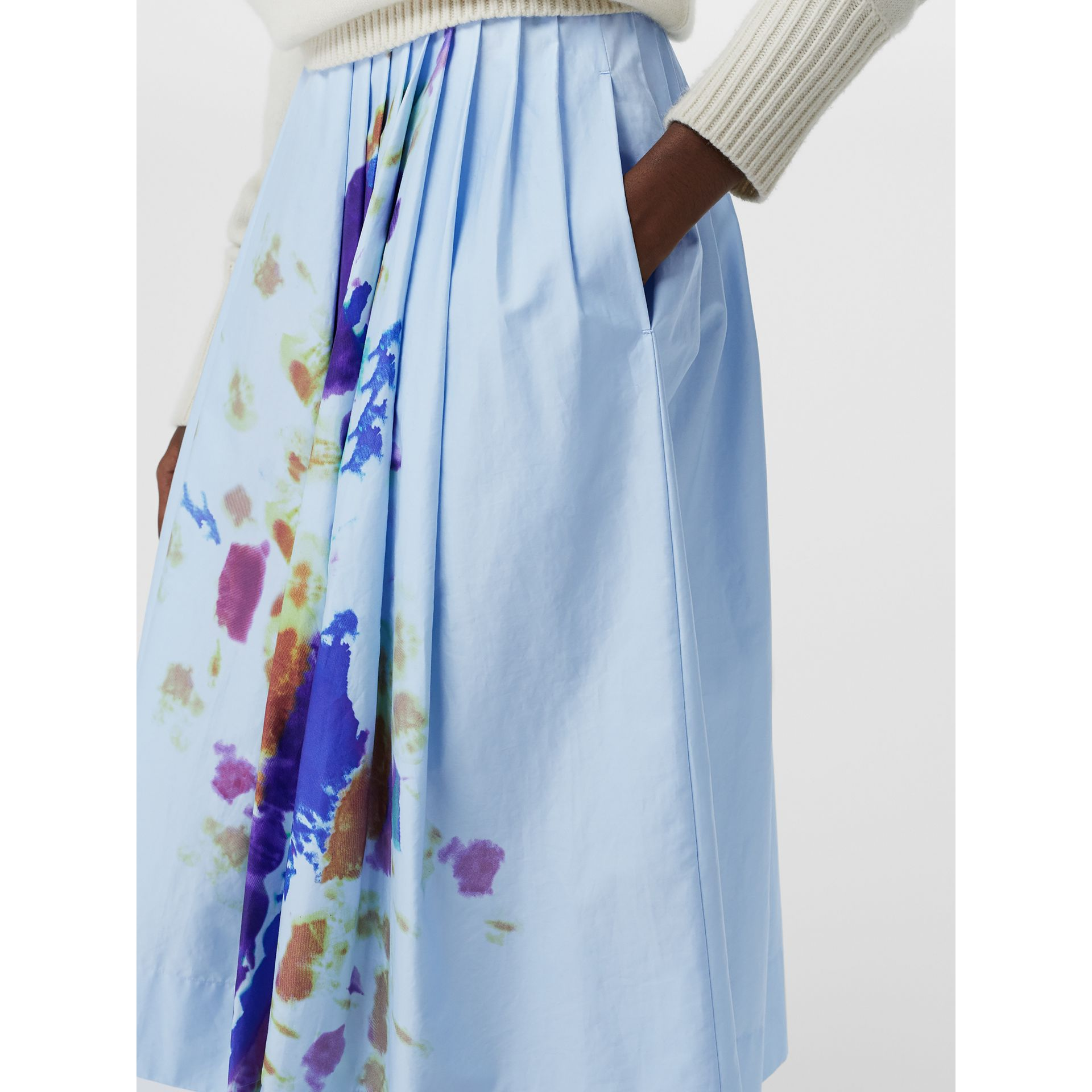 Rainbow Print Cotton Sateen Skirt in Light Blue - Women | Burberry Singapore - gallery image 1