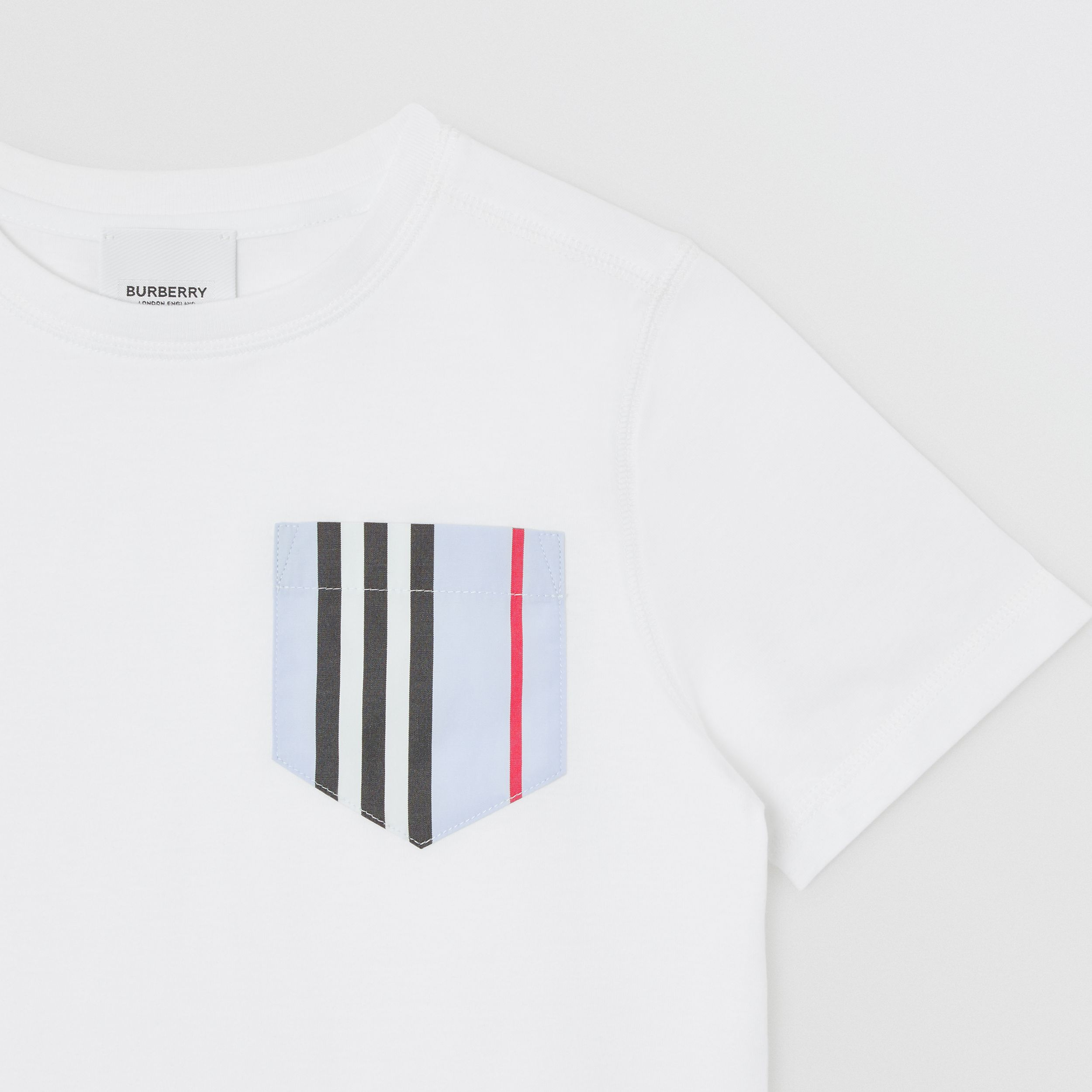 Icon Stripe Pocket Cotton T-shirt in White/pale Blue | Burberry - 2