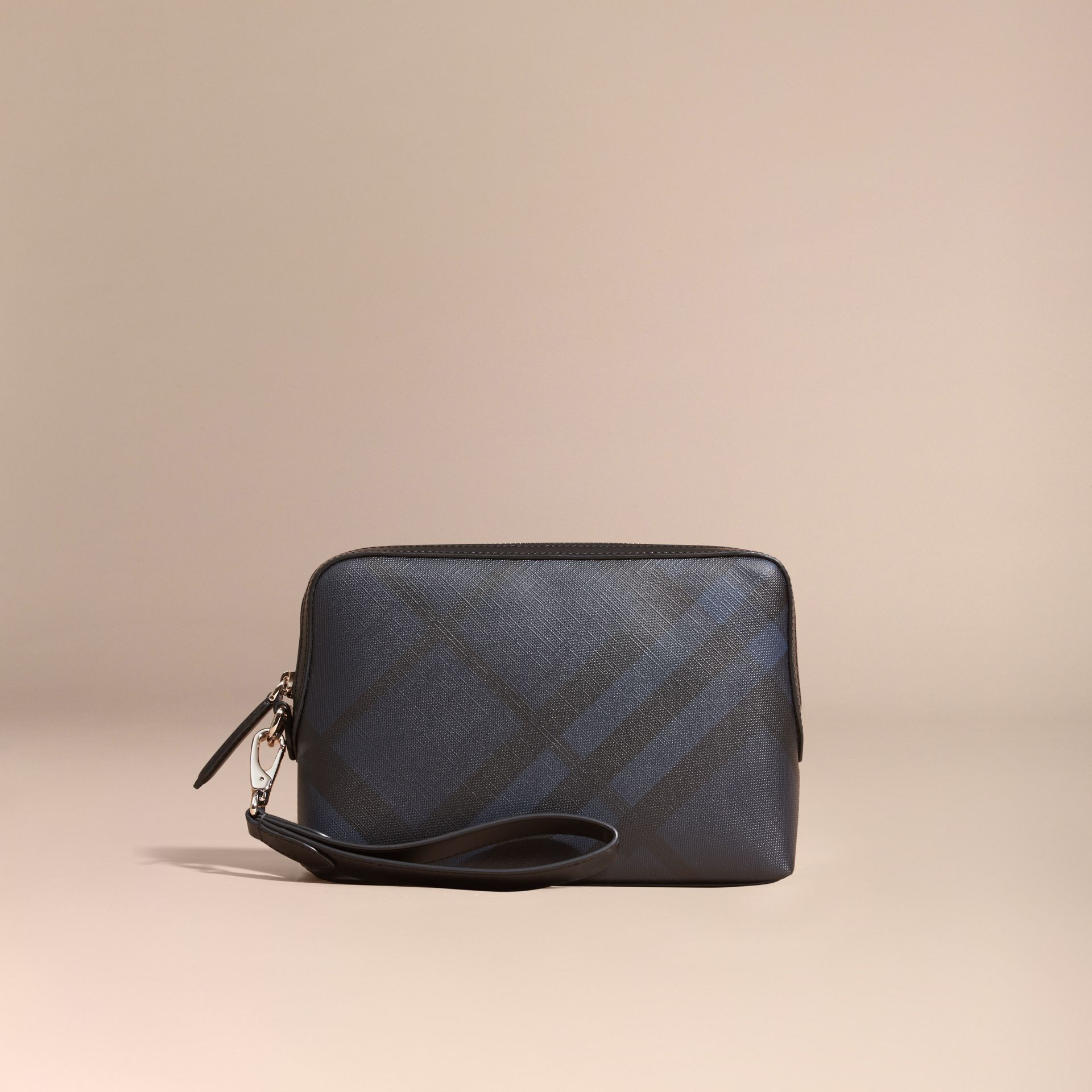 Leather-trimmed London Check Pouch Navy/black - gallery image 6