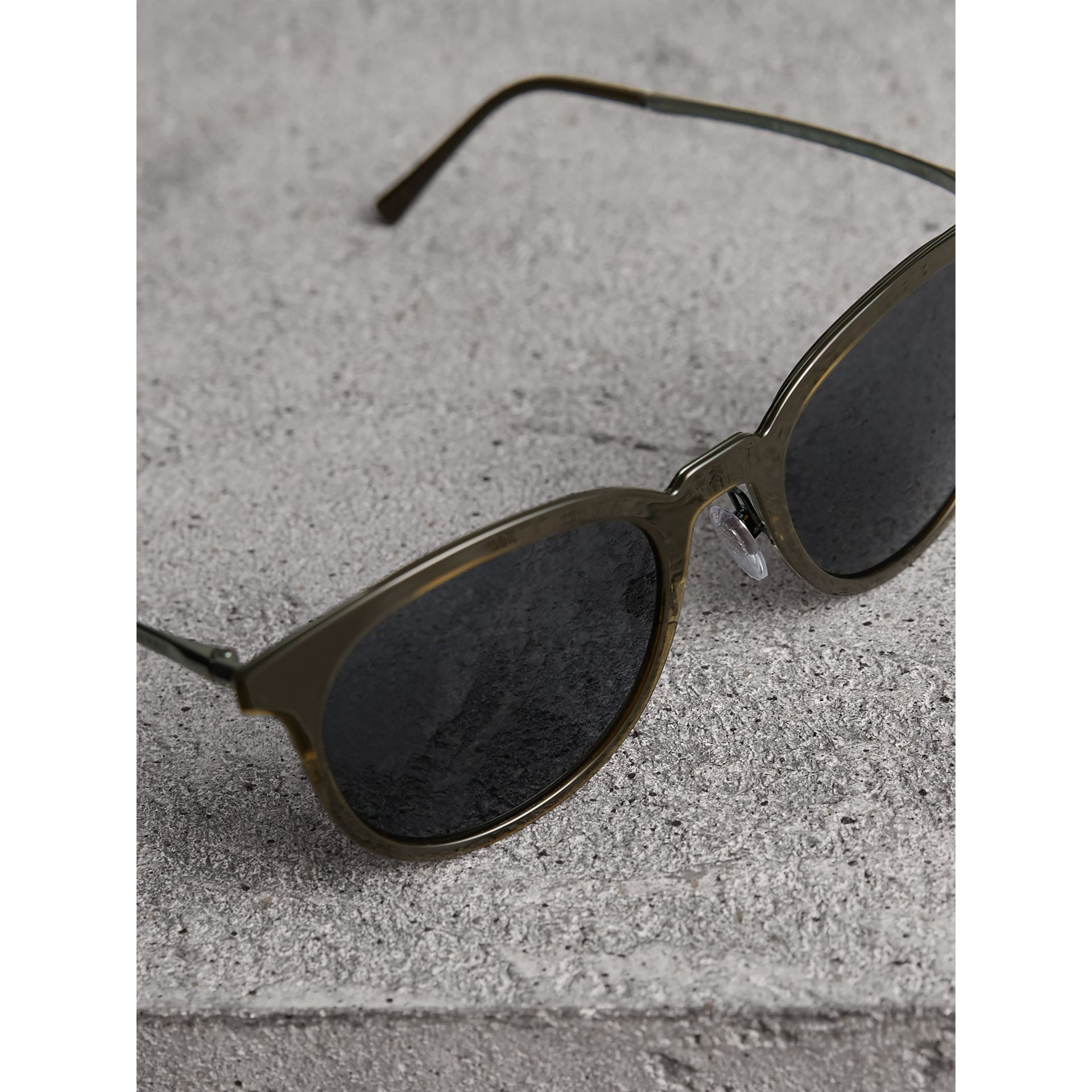 Round Frame Sunglasses in Dark Olive - Men | Burberry United States - gallery image 2