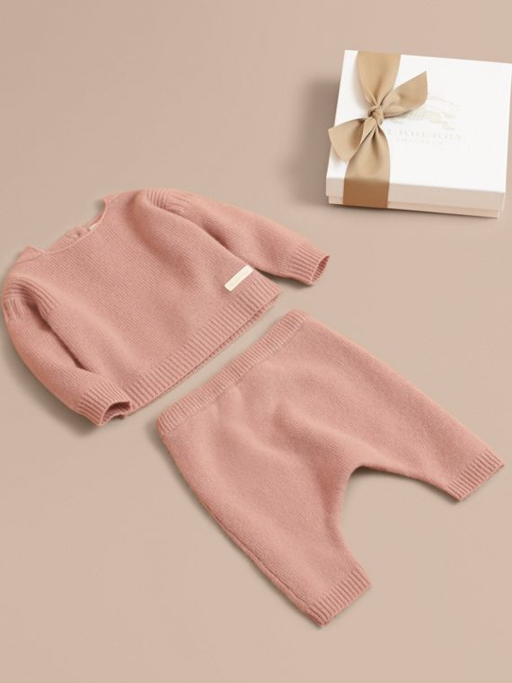 Cashmere Two-piece Baby Gift Set in Dusty Pink