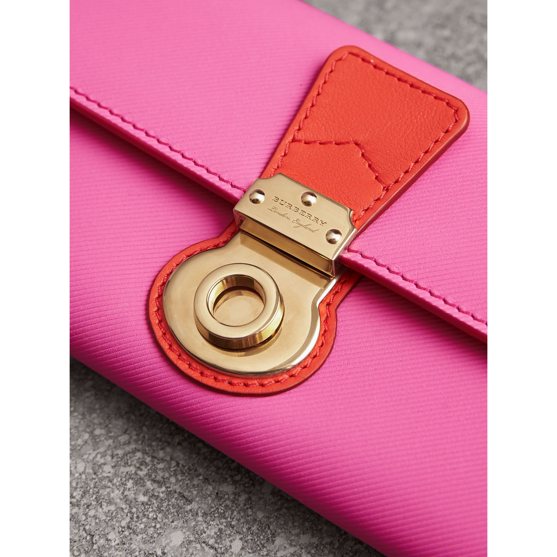 Two-tone Trench Leather Continental Wallet in Rose Pink/orange Red - Women | Burberry - gallery image 1