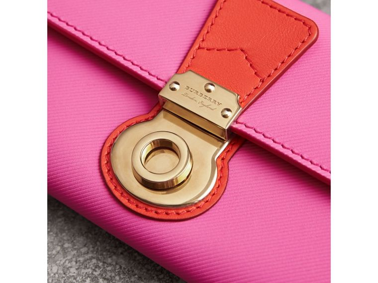 Two-tone Trench Leather Continental Wallet in Rose Pink/orange Red - Women | Burberry - cell image 1