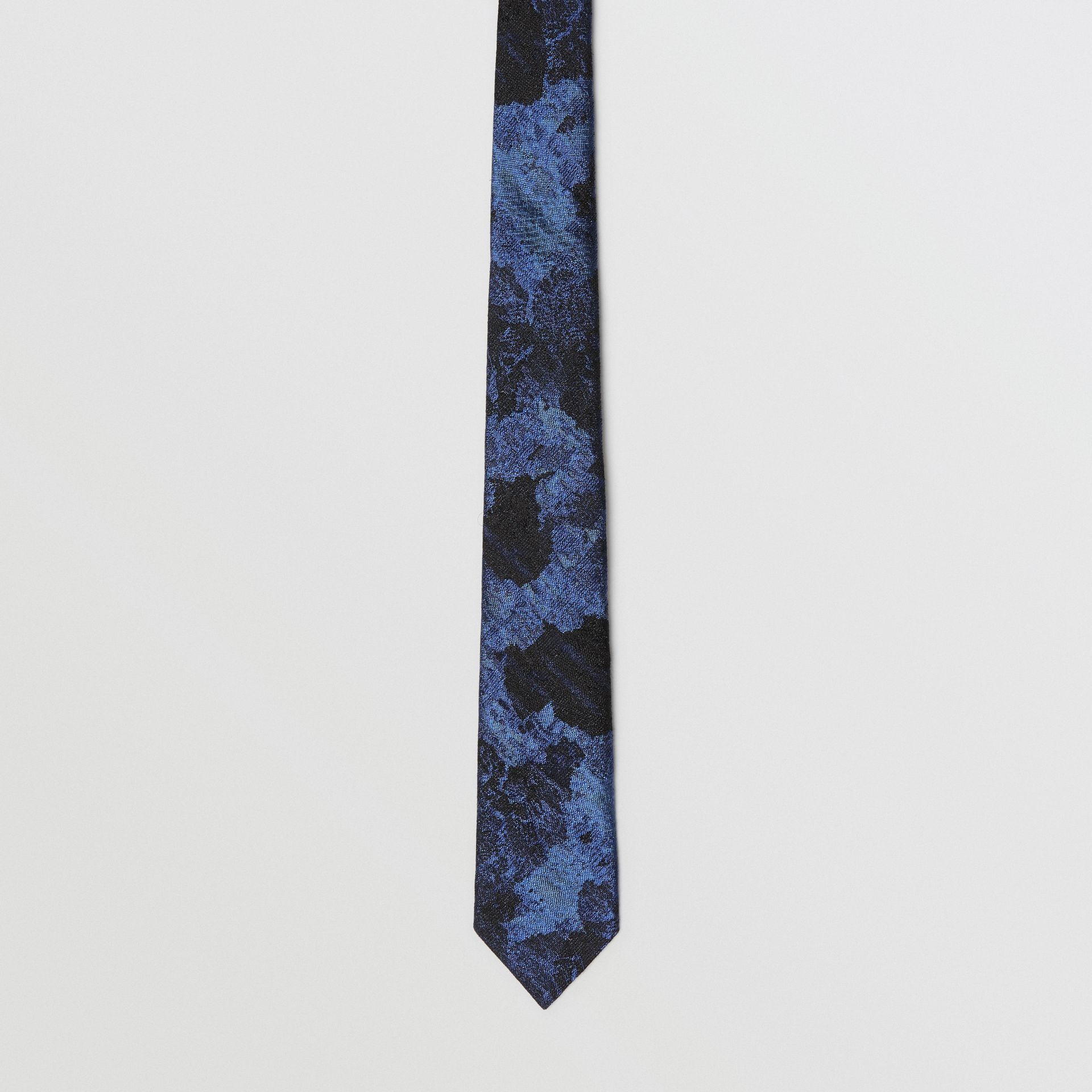 Slim Cut Dreamscape Wool Silk Jacquard Tie in Bright Navy - Men | Burberry - gallery image 4