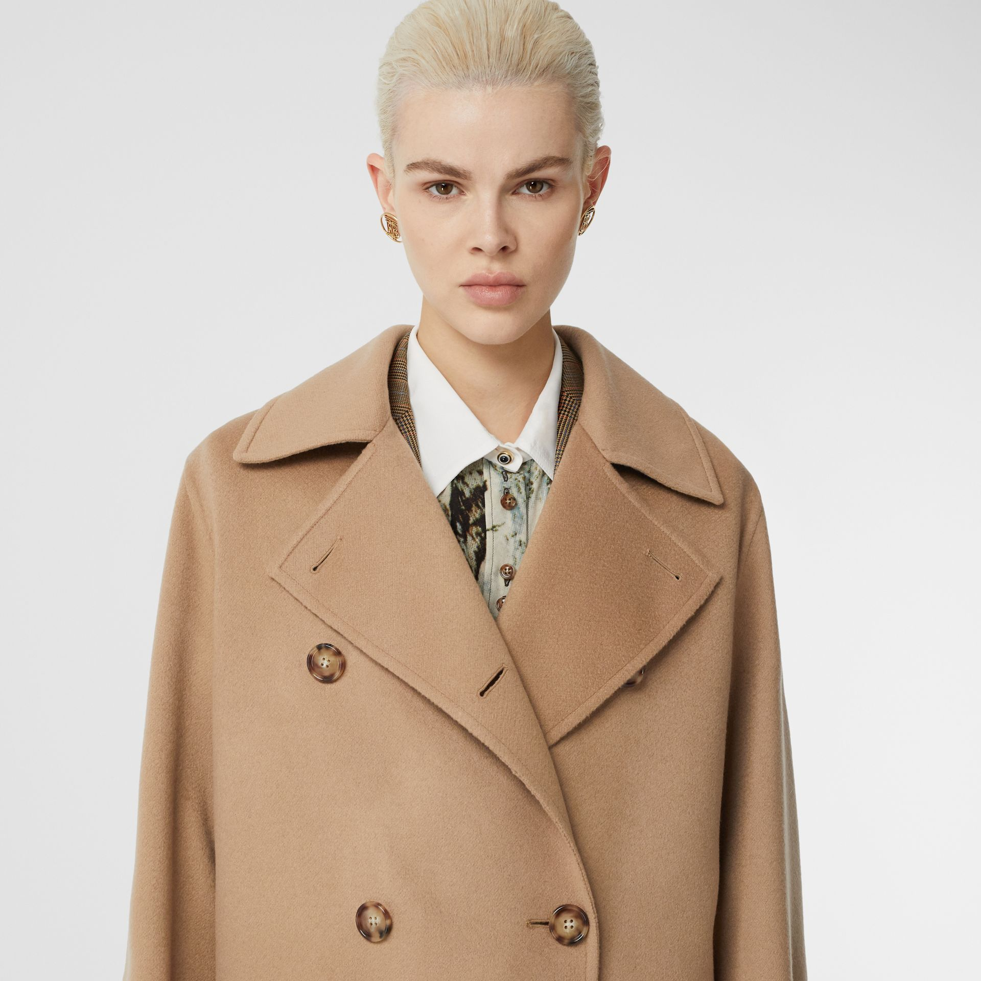 Double-faced Cashmere Oversized Coat in Light Camel - Women | Burberry United Kingdom - gallery image 1