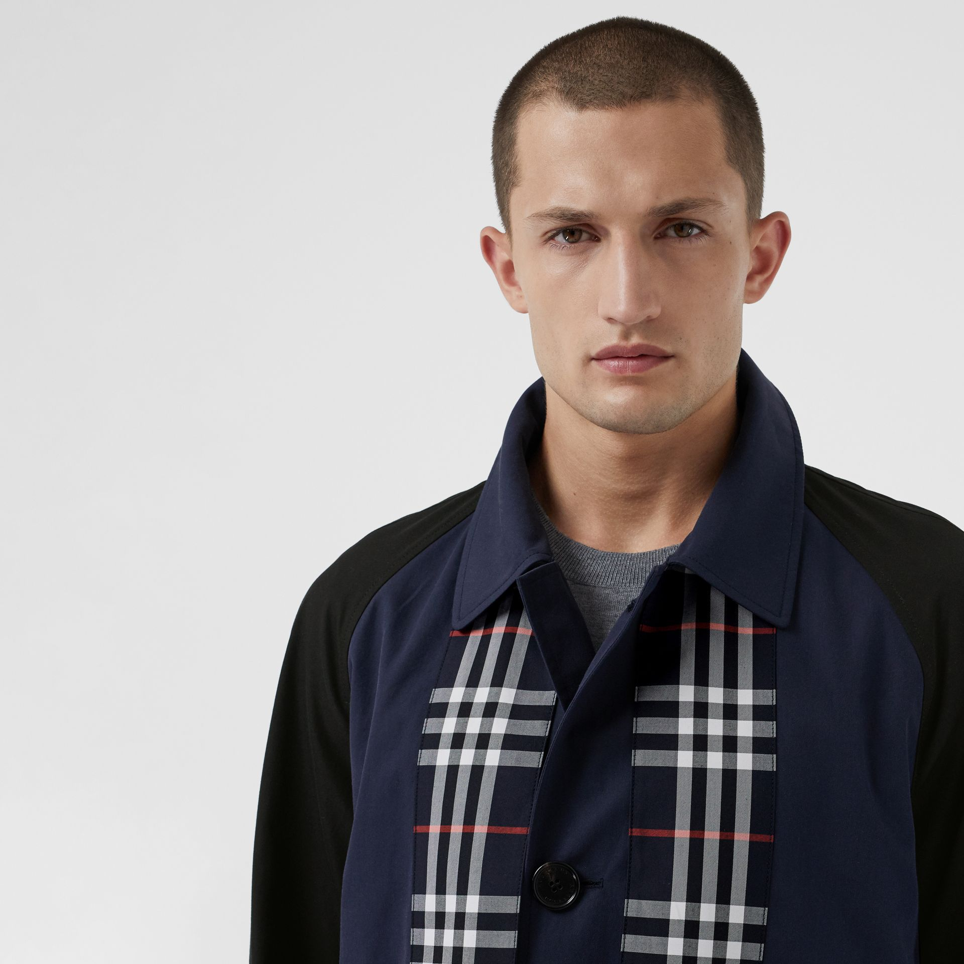 Check Detail Tropical Gabardine Car Coat in Midnight Blue - Men | Burberry United States - gallery image 1