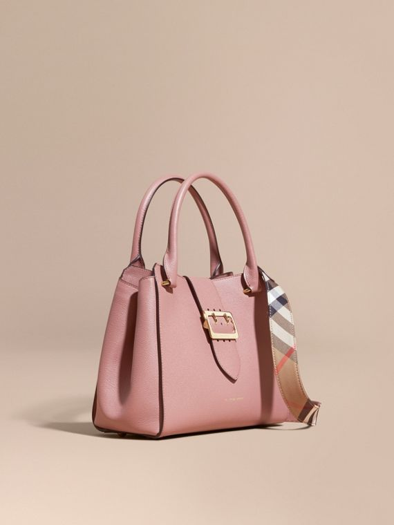 Borsa tote The Buckle media in pelle a grana Rosa Polvere