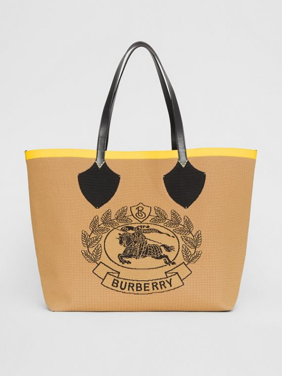 The Giant Tote in Knitted Archive Crest in Black/iris Yellow