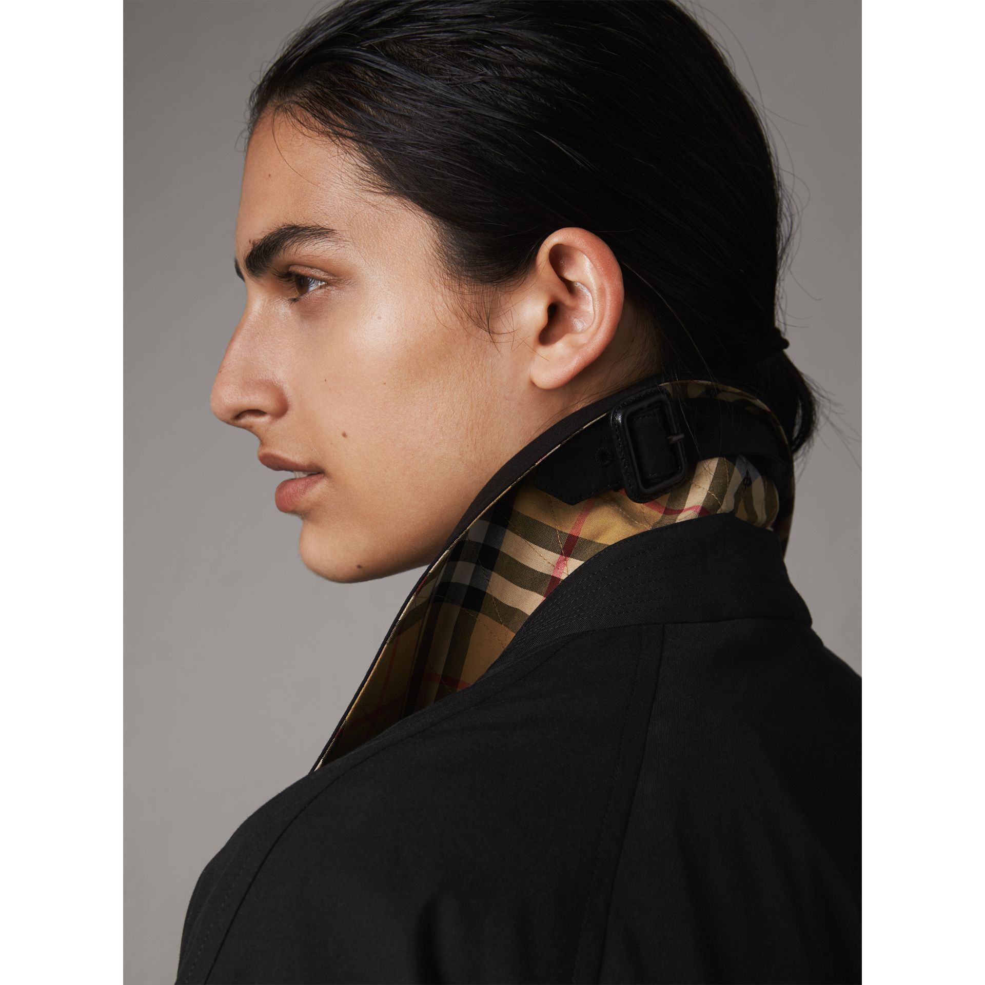 The Brighton – Extra-long Car Coat in Black - Women | Burberry United States - gallery image 2