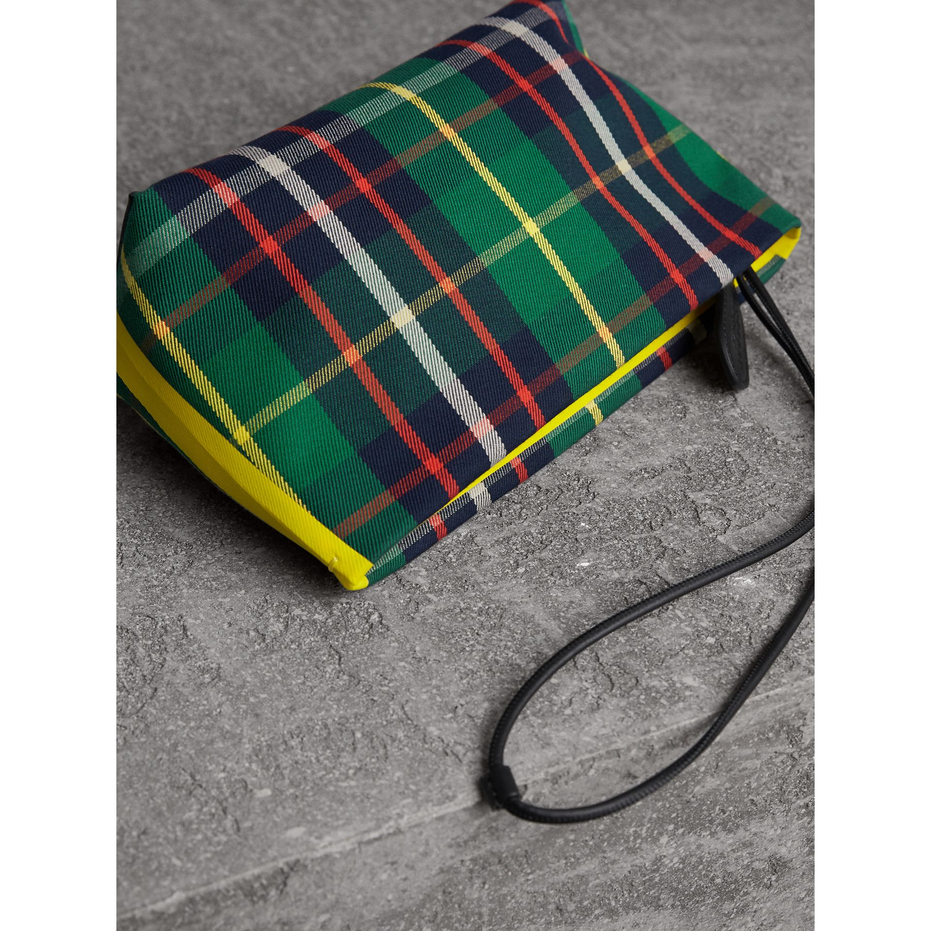 Tartan Cotton Clutch in Forest Green/deep Navy | Burberry Singapore - gallery image 6
