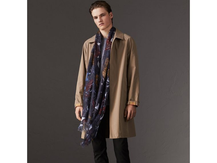 Beasts Print and Check Linen Scarf in Chalk Blue - Men | Burberry - cell image 2