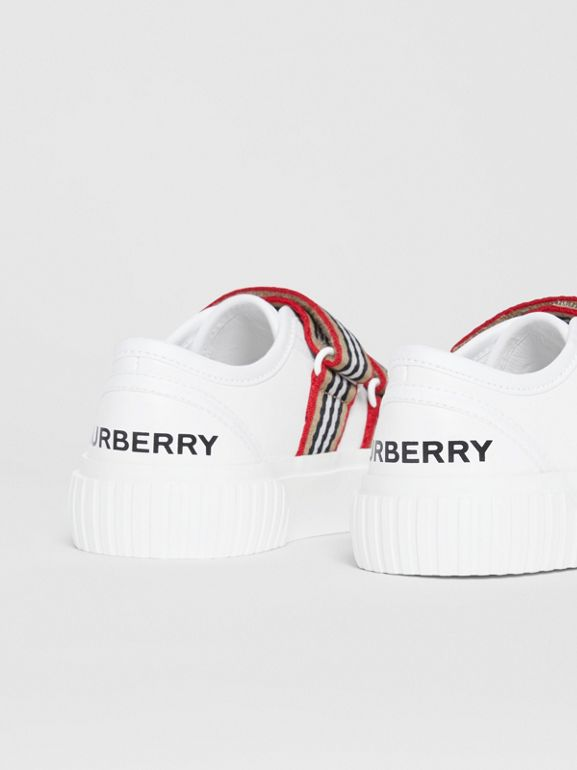 Icon Stripe Detail Leather Sneakers in White - Children | Burberry - cell image 1