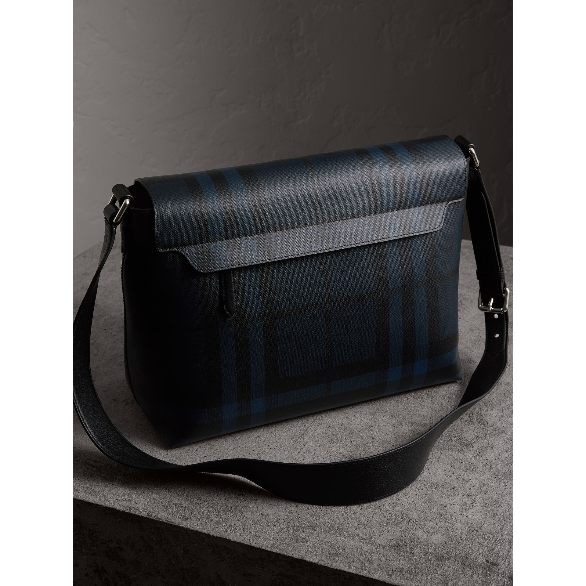 Large London Check Messenger Bag in Navy/black | Burberry Hong Kong - gallery image 4