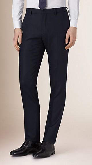 Körperbetonte Travel Tailoring-Hose aus Wolle