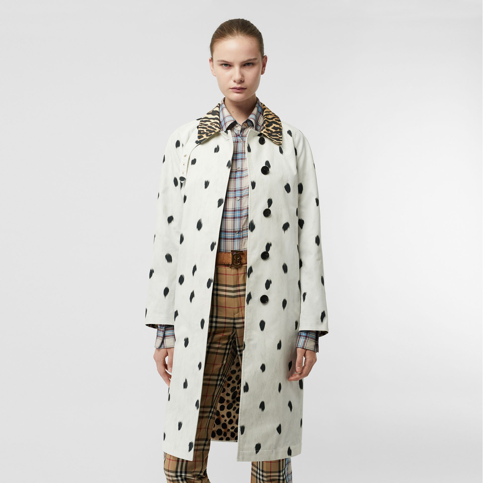 Animal Print Cotton Car Coat in White - Women | Burberry - gallery image 4