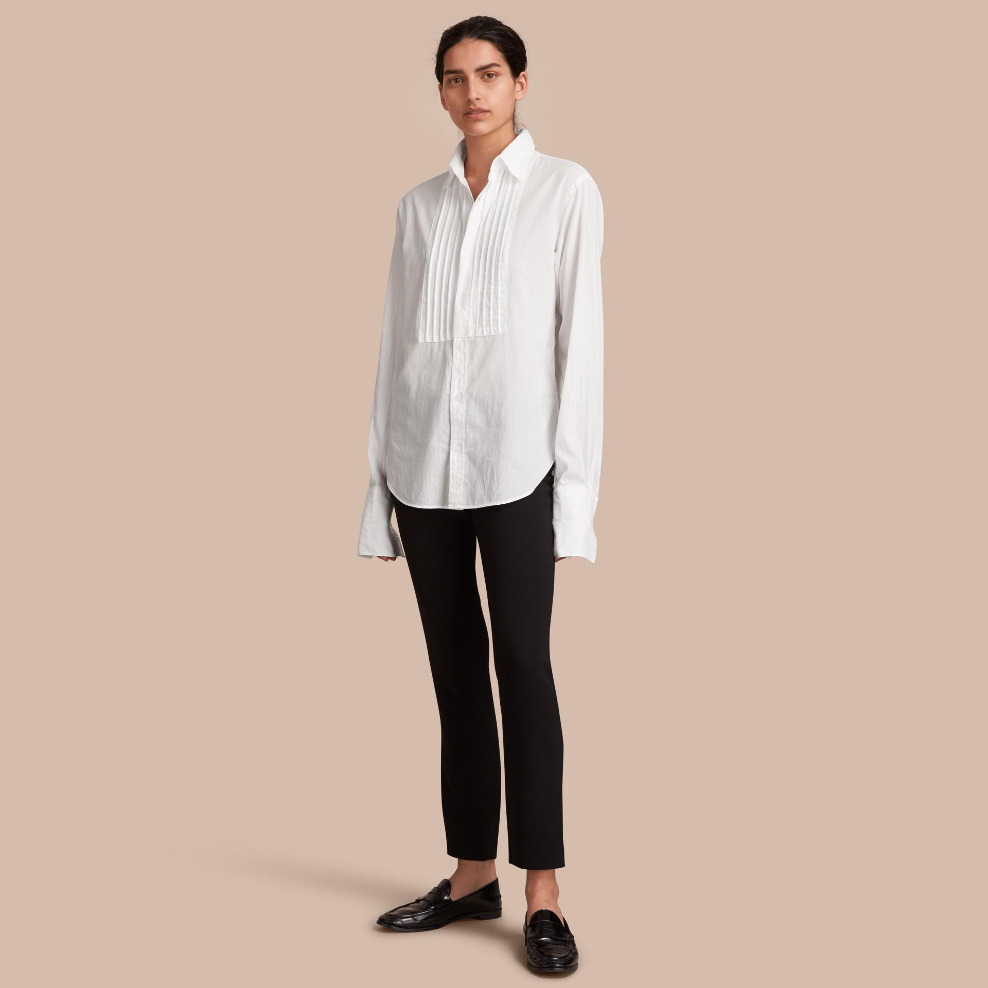 Unisex Double-cuff Pintuck Bib Cotton Shirt White - gallery image 1